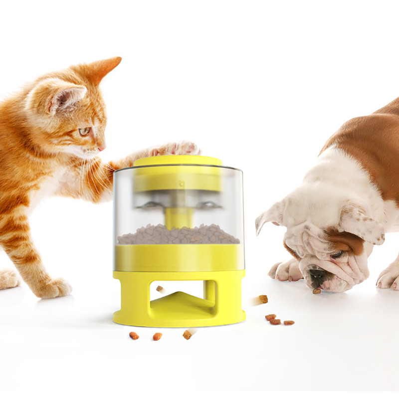 2021 New Arrival Pets New Inventions Portable Dog Bowl Pet Food Scoop