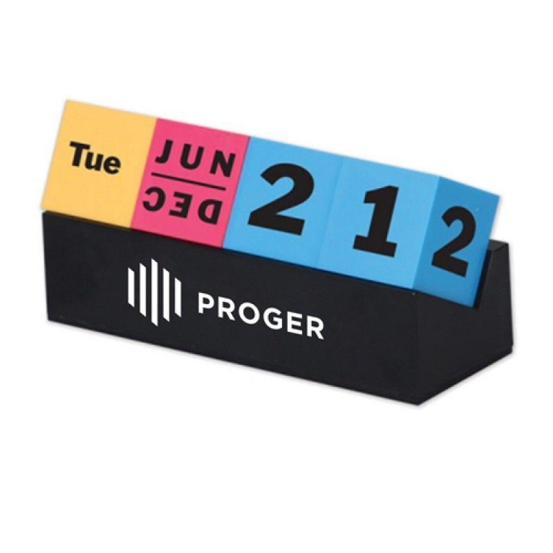 Wholesale Cubes Perpetual Desk Calendar