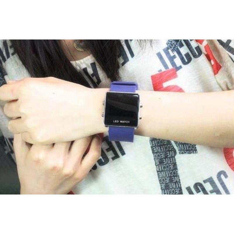 "Cheap Silicone LED Watch Bracelets (8 5/8""X74 5/8"")"